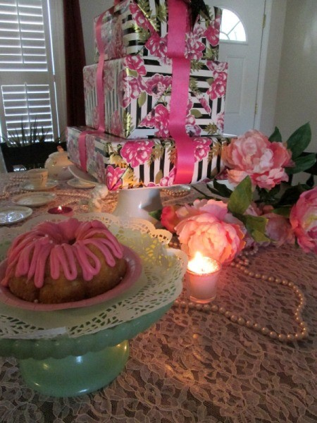Recycled Boxes as Festive Centerpieces - floral stack with candle