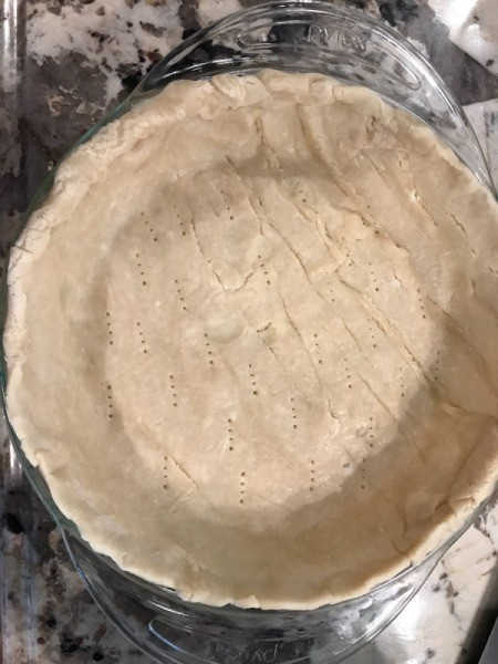 Pie crust in glass pie pan