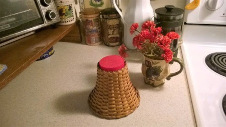 Making a Wicker Lampshade into a Vase -  glue lid onto the top of the shade