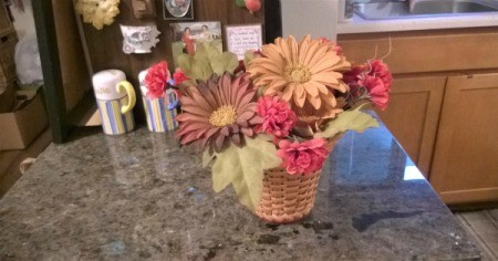 Making a Wicker Lampshade into a Vase - insert flowers