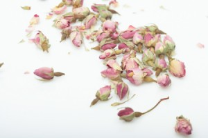 dried pink rose buds