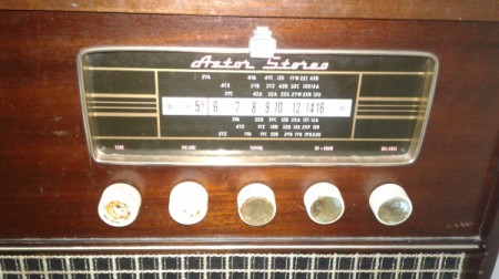 Finding The Value Of Antique Record Players Thriftyfun