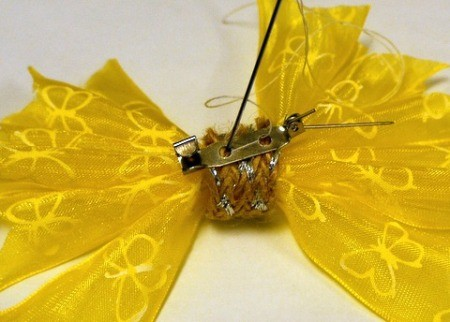 Pleated Ribbon Brooch - attach pin back