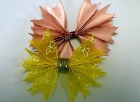 Pleated Ribbon Brooch
