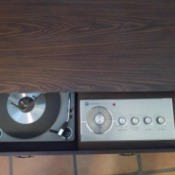 Value of a Vintage Coffee Table Record Player  - pull out turntable