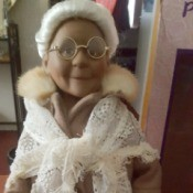 Value of Porcelain Dolls - elderly female doll