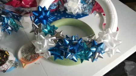 Happy Bow Wreath - pin or stick bows onto the form