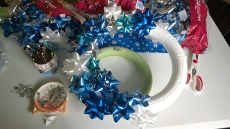 Happy Bow Wreath - continue