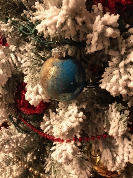 Poured Paint Ornaments  - blue and gold ball on flocked tree