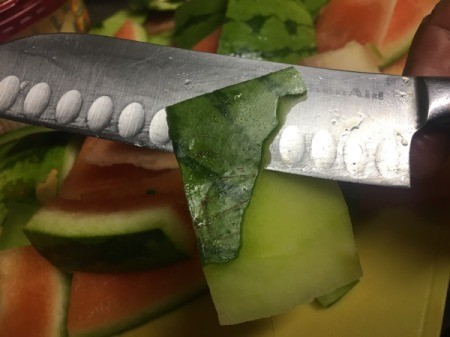 removing watermelon skin from rind