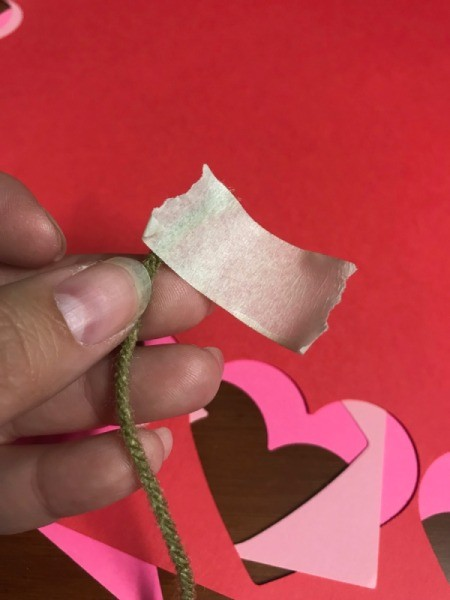Heart Shaped Leis - wrapping tape around the end of the yarn