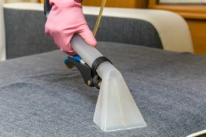 Steaming Cleaning Upholstery