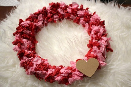 Valentine's Day Tissue Wreath - optional addition of a heart to wreath