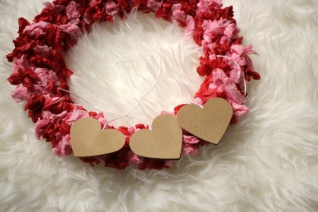 Valentine's Day Tissue Wreath - three paper hearts on the wreath