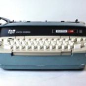 Smith Corona Electra 110 Won't Turn On - typewriter