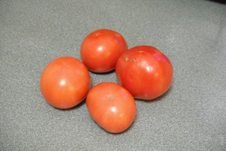 Grow your Own Tomato Plants - ripe tomatoes