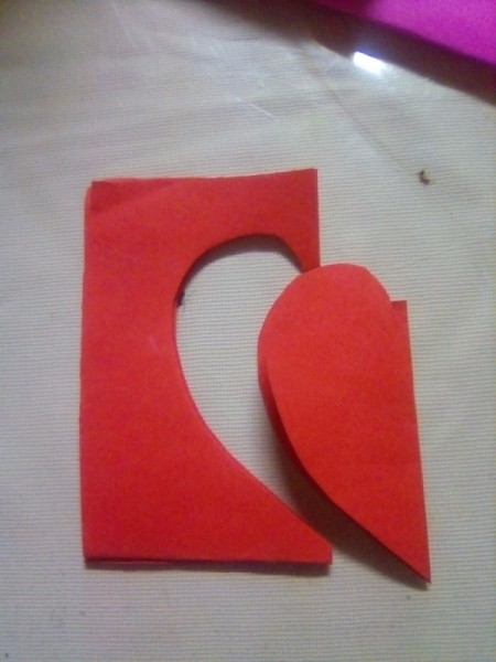 Mini Pop-up Valentine Card - cut out a heart shape from the folded red paper