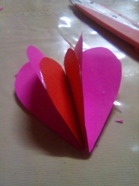 Mini Pop-up Valentine Card - glue together side by side with the smallest heart in the center