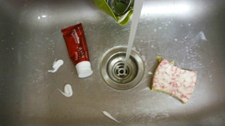 Use Toothpaste for a Clean and Fresh Kitchen Sink