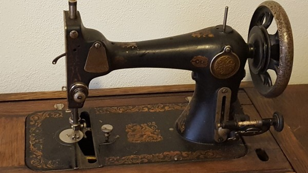 Value Of An Antique Singer Sewing Machine ThriftyFun Best How Much Are Old Sewing Machines Worth