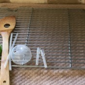 Use Recycled Oven Racks for a Drying Rack - oven rack as dish drying rack
