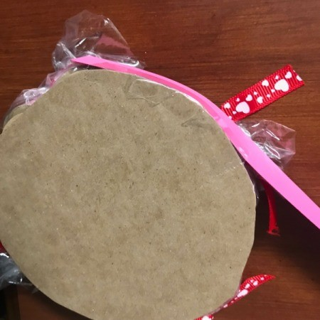 Valentine's Heart Chocolate Candy/Coupon Gift - view of the bottom of the circle as rim is being added