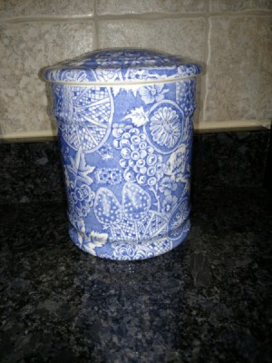 Finding a Blakeney Ceramic - Canister - blue and white pattern on canister