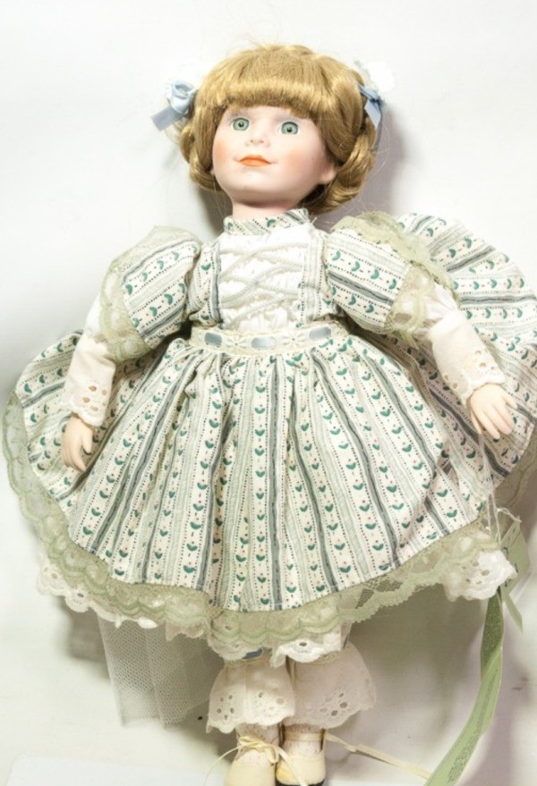 Value of Dynasty Porcelain Dolls  ThriftyFun