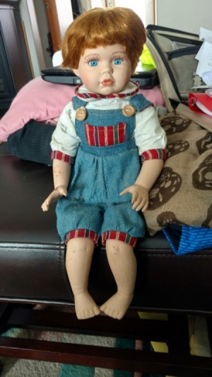 Identifying this Ashley Belle Doll - red haired doll wearing blue one piece overalls
