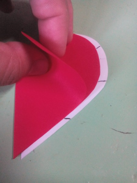 Pop Heart Decoration - open the red heart a bit