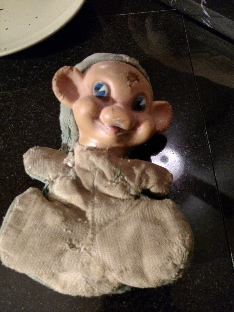 Identifying A Vintage Stuffed Toy