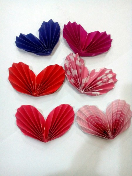 Tiny Hearts Wall Decor - make as many as you like in different colors