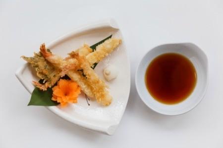 Tempura shrimp with Dipping Sauce.
