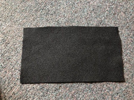 No-Sew Gradient Felt Heart Purse - lay out black felt