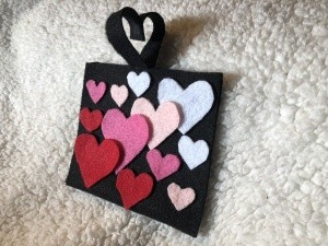 No-Sew Gradient Felt Heart Purse - ready to fill with candy or whatever