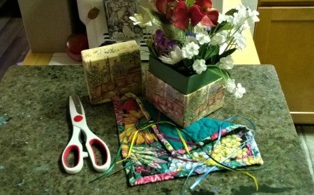 Make a Jewelry Box from a Pot Holder - supplies