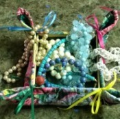 Make a Jewelry Box from a Pot Holder - add jewelry or other small items