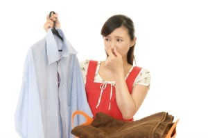 A dress shirt that has a bad odor after being laundered.