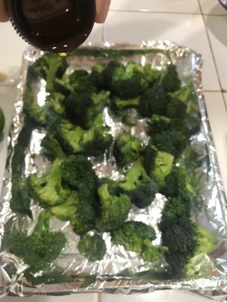 broccoli on foi lined baking tray