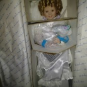Selling Danbury Mint Shirley Temple Dolls