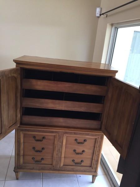 Value of a J.L. Metz Wardrobe Dresser