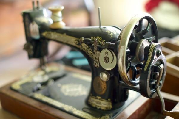 Treadle Sewing Machines Information ThriftyFun New Treadle Sewing Machine Needles