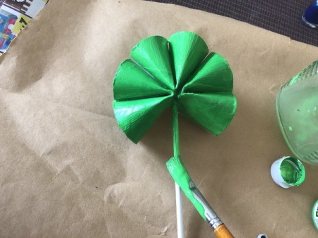 Cardboard Tube Shamrock - paint the stem