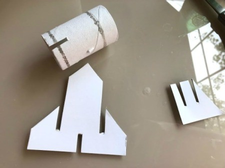 Paper Towel Roll Rocket Craft for Kids - repeat for the smaller rocket