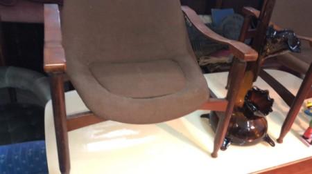 Identifying Vintage Giulio Moscatelli Lounge Chairs