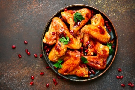 Baked chicken with pomegranate glaze