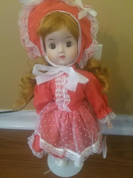 Value of Heritage Porcelain Dolls