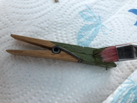Alligator Clothespins - paint the clothespins in different shades of green
