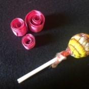DIY Lollipop Paper Quilling Tool - lolly and three paper strip rolls