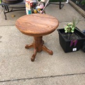 Value of an Oak Table - oak pedestal table